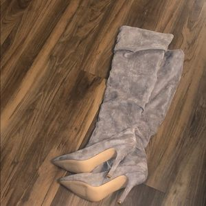 Charles by Charles David size 9 gray Swede